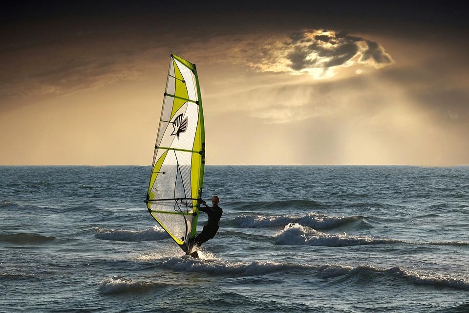 Learn to windsurf in Cornwall